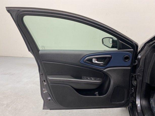 used 2016 Chrysler 200