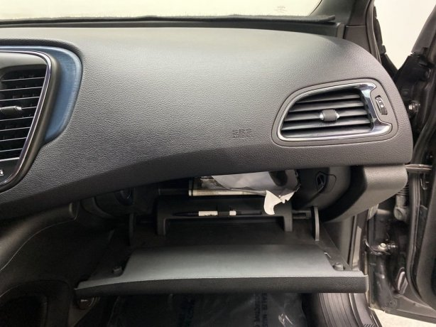 cheap used 2016 Chrysler 200 for sale