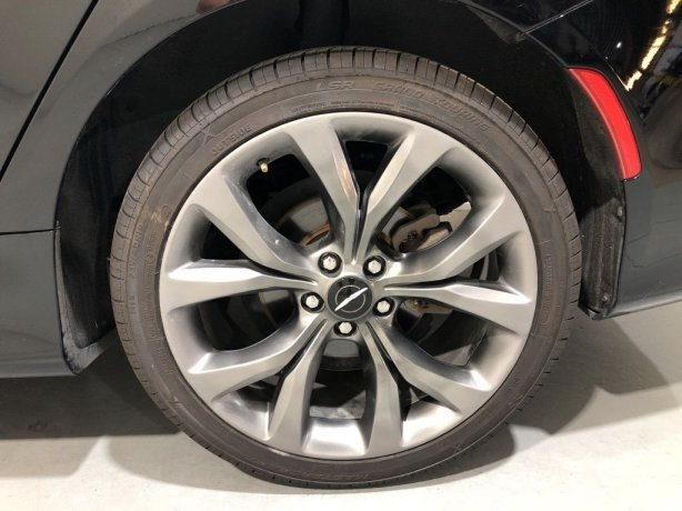 Chrysler 200 for sale best price