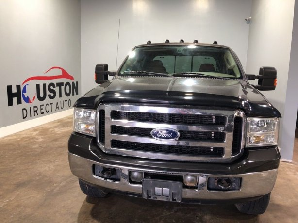 Used 2006 Ford F-250SD for sale in Houston TX.  We Finance!