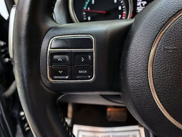 cheap used 2011 Jeep Grand Cherokee for sale