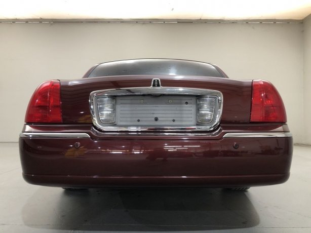2004 Lincoln Town Car for sale