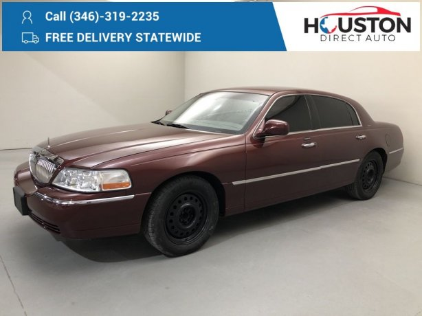 Used 2004 Lincoln Town Car for sale in Houston TX.  We Finance!