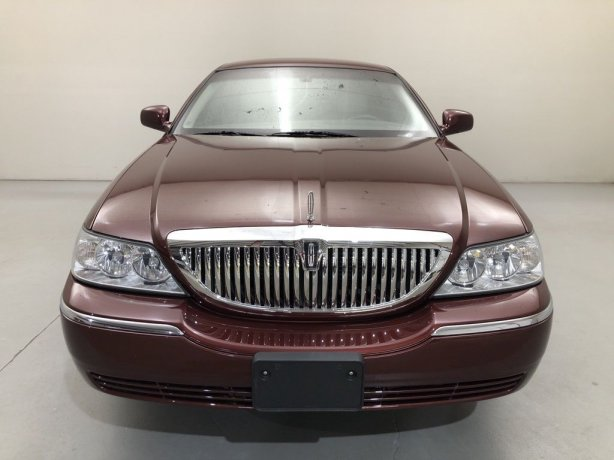 Used Lincoln Town Car for sale in Houston TX.  We Finance!