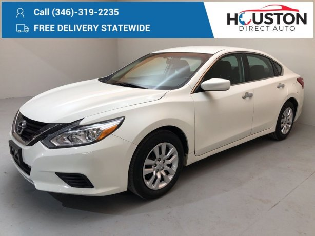 Used 2017 Nissan Altima for sale in Houston TX.  We Finance!