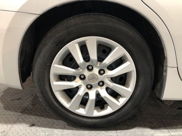 good cheap Nissan Altima for sale