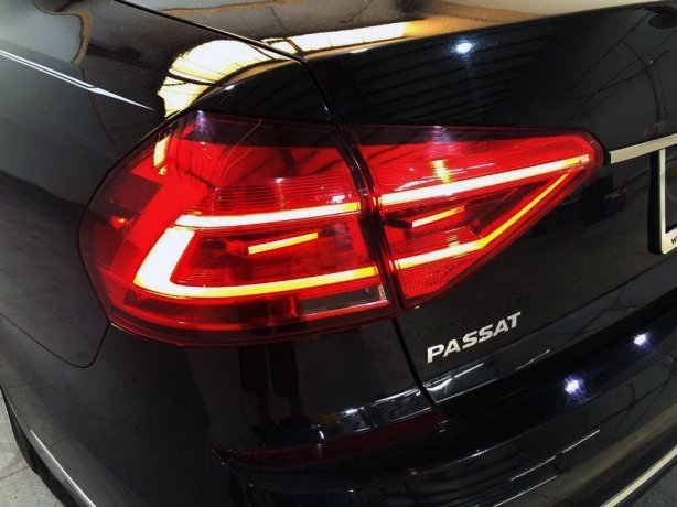 used 2016 Volkswagen Passat for sale