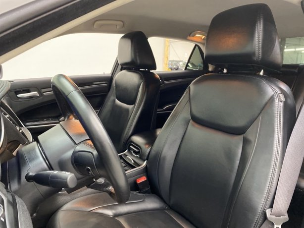 used 2016 Chrysler 300 for sale Houston TX