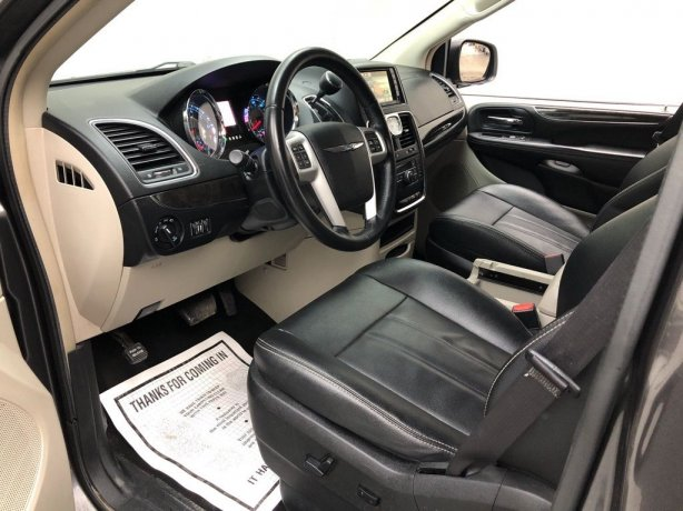 2016 Chrysler Town & Country for sale Houston TX