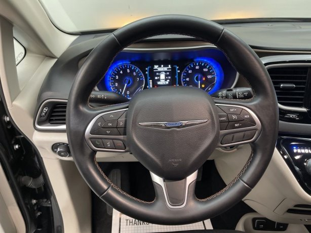 used 2017 Chrysler Pacifica for sale near me