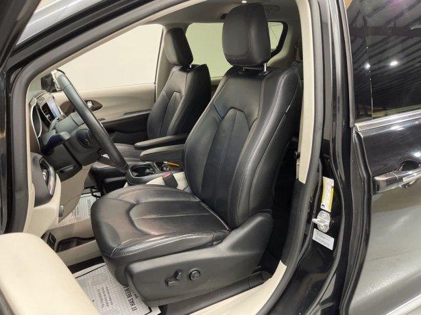 used 2017 Chrysler