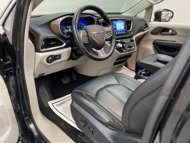 used 2017 Chrysler Pacifica for sale Houston TX