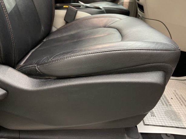 cheap used 2017 Chrysler Pacifica for sale