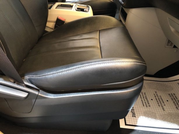 cheap Chrysler Town & Country near me