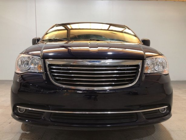 Used Chrysler for sale in Houston TX.  We Finance!