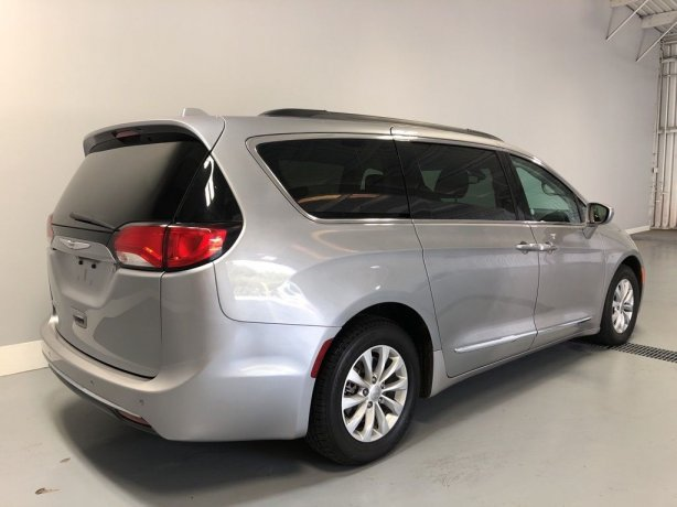 Chrysler Pacifica for sale near me