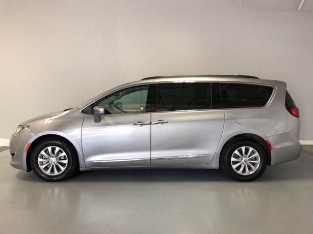 2017 Chrysler Pacifica for sale