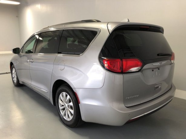 used 2017 Chrysler Pacifica for sale
