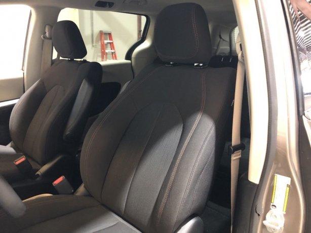 used 2018 Chrysler