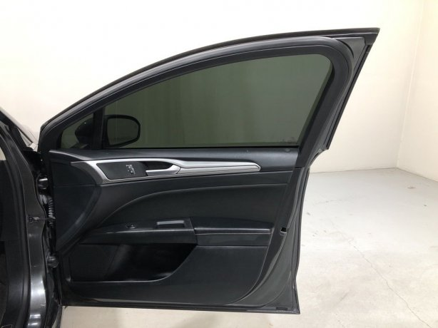 used 2019 Ford Fusion Hybrid for sale near me