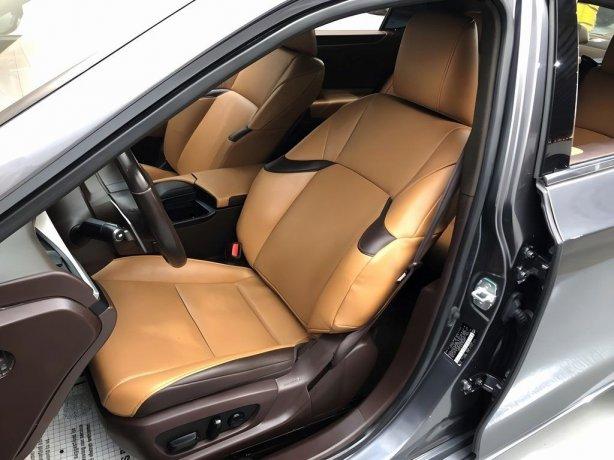 Lexus 2019