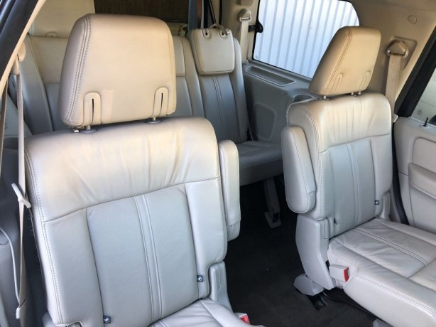 cheap Lincoln Navigator near me