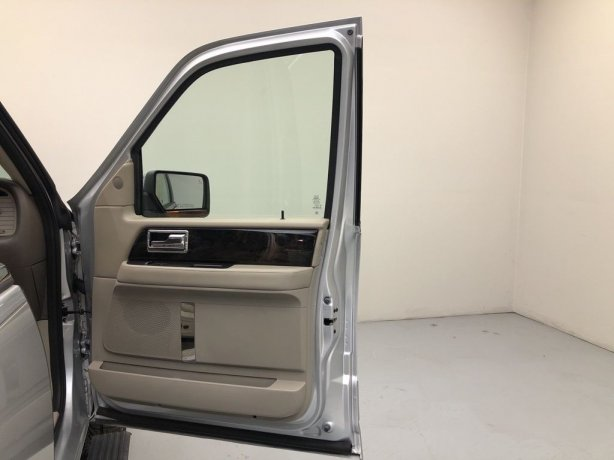 used 2017 Lincoln Navigator for sale near me