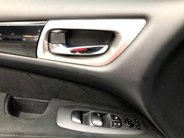 used 2014 Nissan