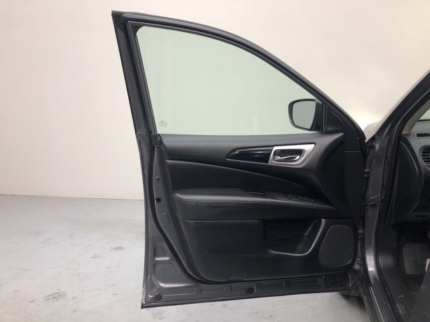used 2019 Nissan Pathfinder