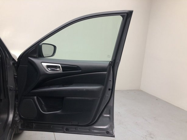 used 2019 Nissan Pathfinder for sale near me