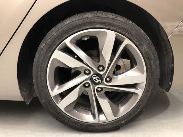 Hyundai Elantra for sale best price