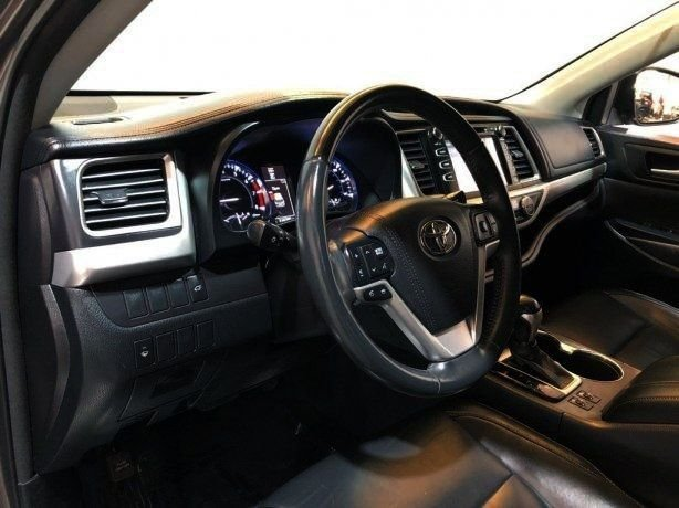 used 2016 Toyota Highlander for sale Houston TX