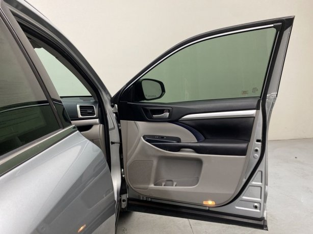 used 2017 Toyota Highlander for sale near me