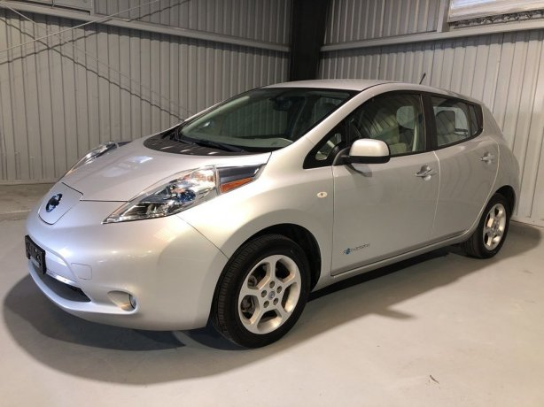 Used Nissan Leaf for sale in Houston TX.  We Finance!