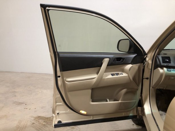 used Toyota Highlander for sale near me
