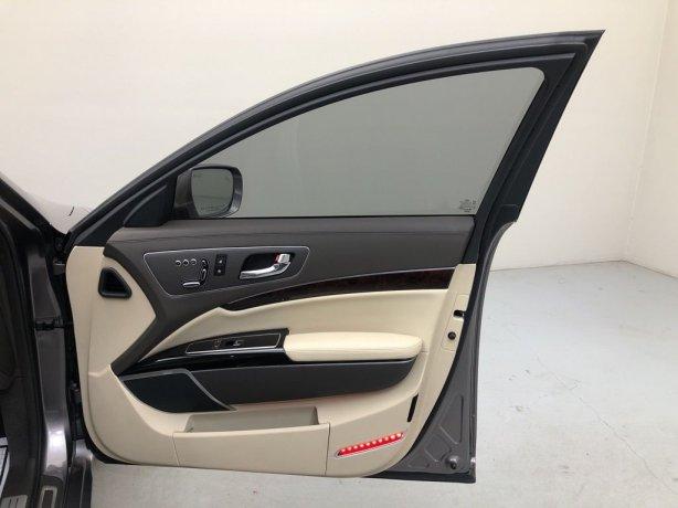 used 2017 Kia K900 for sale near me