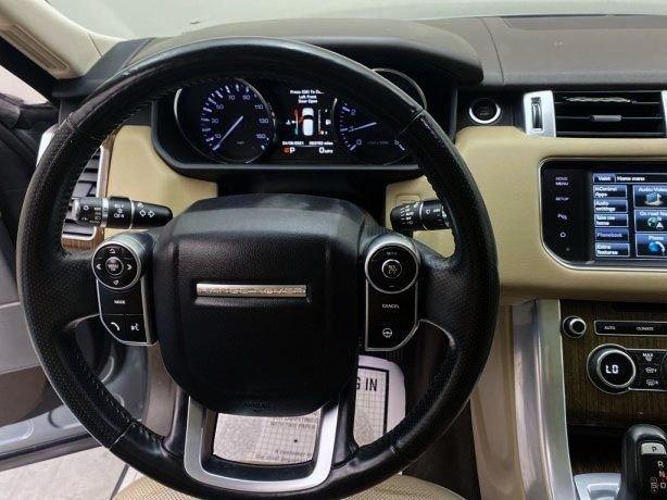 Land Rover 2015