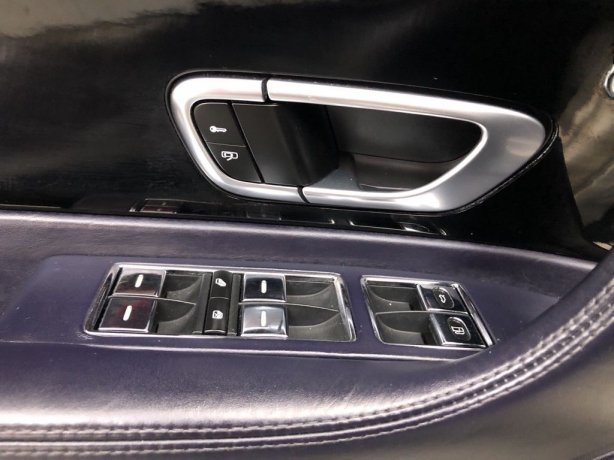 Bentley 2008