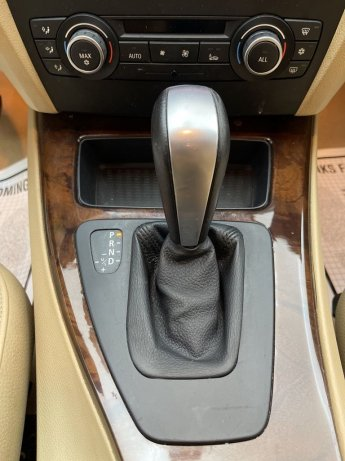 good 2011 BMW 3 Series for sale