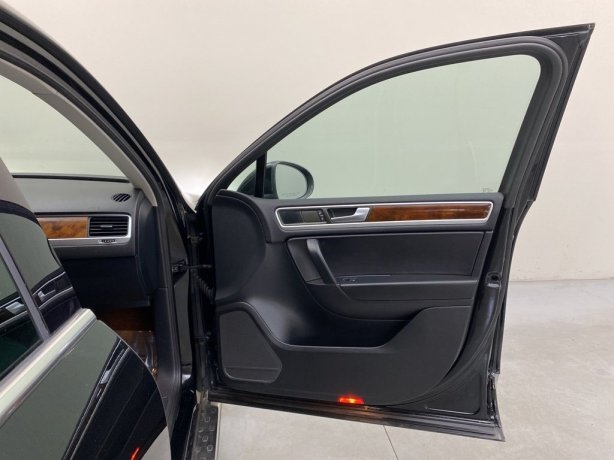 used 2014 Volkswagen Touareg for sale near me